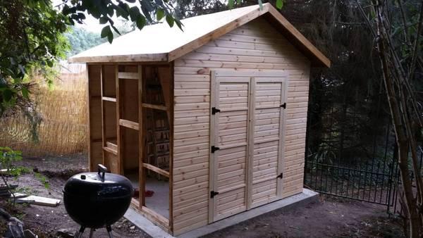 Abri de jardin PVC : Jusqu'à -60% avec plancher inclus
